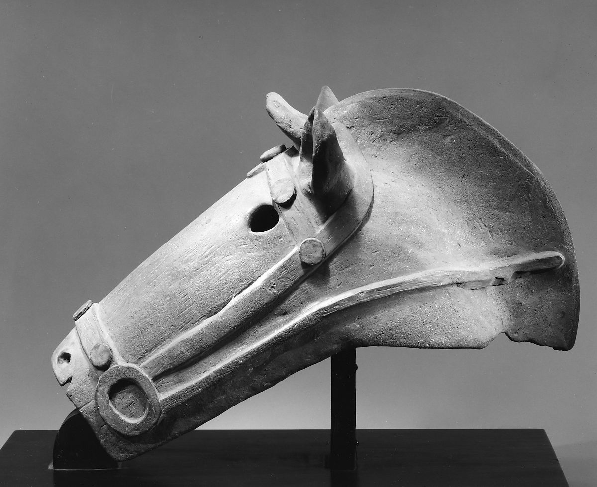 Horse head sculpture, antique