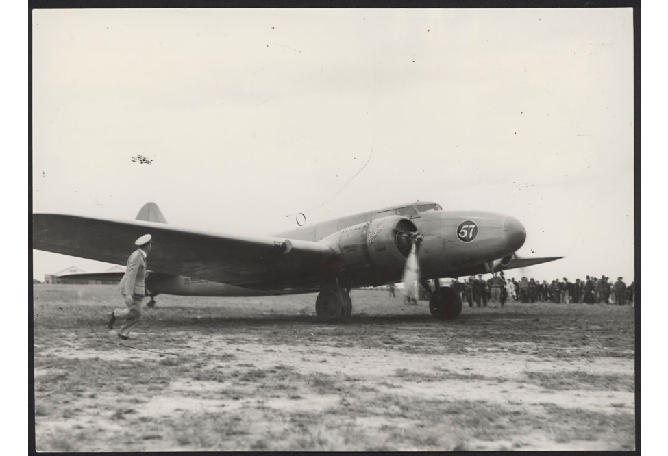 The American Plane Piloted by Col. Roscoe Turner Arriving at Laverton H6367
