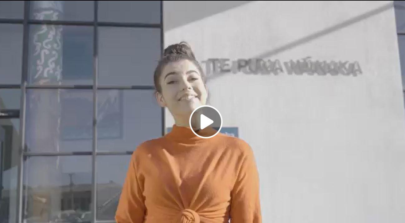 Image linked to video on kupu cards for Māori Language Week